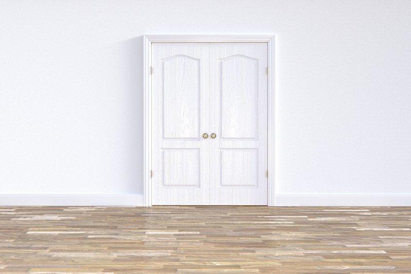 Białe drzwi wewnętrzne